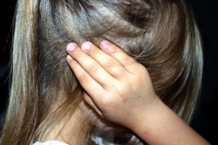 How to use essential oils to soothe otitis?