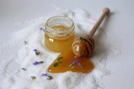 You are currently viewing How to make your own exfoliation scrub?